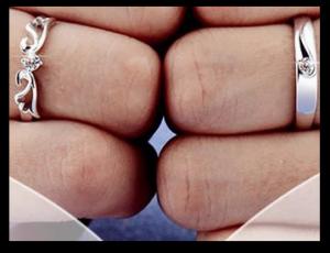 松本潤井上真央お揃い指輪画像ブレスレットベルト
