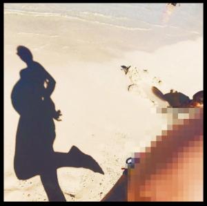 土屋アンナがおなか公開(インスタ画像)。第3子の妊娠と出産予定日。性別と名前は?